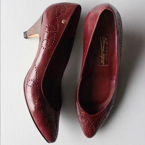 Authentic Etienne Aigner Leather pumps